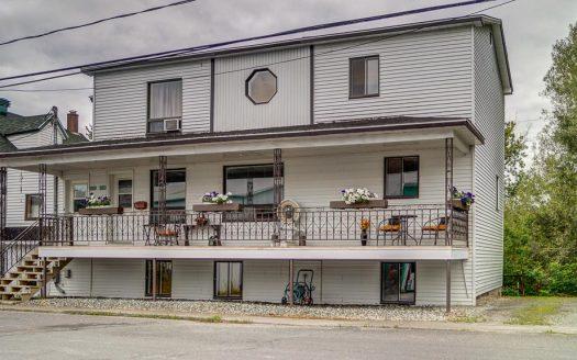 Duplex à vendre à Lawrenceville Estrie Flex Immobilier