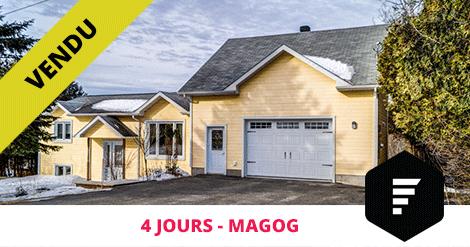 Maison à paliers multiples vendue à Magog Flex Immobilier