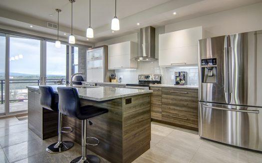 Condo haut de gamme à vendre rue de Candiac Sherbrooke Flex Immobilier Cuisine avec comptoir-lunch (1er étage)