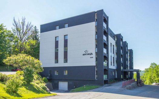 Condo avec vue à vendre boul Portland Sherbrooke Flex Immobilier Élévation avant
