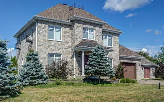 Maison haut de gamme à vendre Alfred-Desrochers Sherbrooke Flex Immobilier Élévation avant