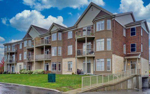 Condo loft à vendre Brossard Rive-Sud Montréal Flex Immobilier Élévation avant (2e unité à partir de la droite au dernier étage)