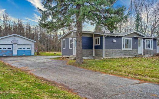 Maison avec garage à vendre Lingwick Estrie Flex Immobilier Élévation avant