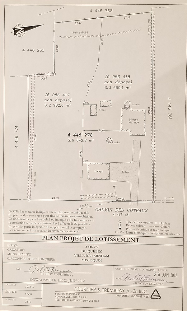 Land subdivided into 2 lots that can be sold separately