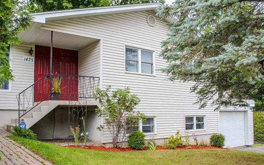 Maison à vendre Sherbrooke Jacques-Cartier Flex Immobilier Élévation avant