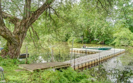 Maison au bord du lac Massawippi à vendre à Hatley Flex Immobilier Propriété avec 107 pieds de façade au Lac Massawippi