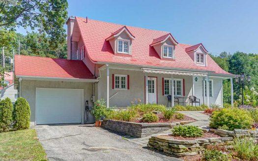 Maison ancestrale à vendre Cap-Santé Québec Flex Immobilier Élévation avant